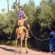 Adeline Blondieau et son compagnon Laurent Hubert, avec leur fille Wilona, à Marrakech pendant les vacances de la Toussaint