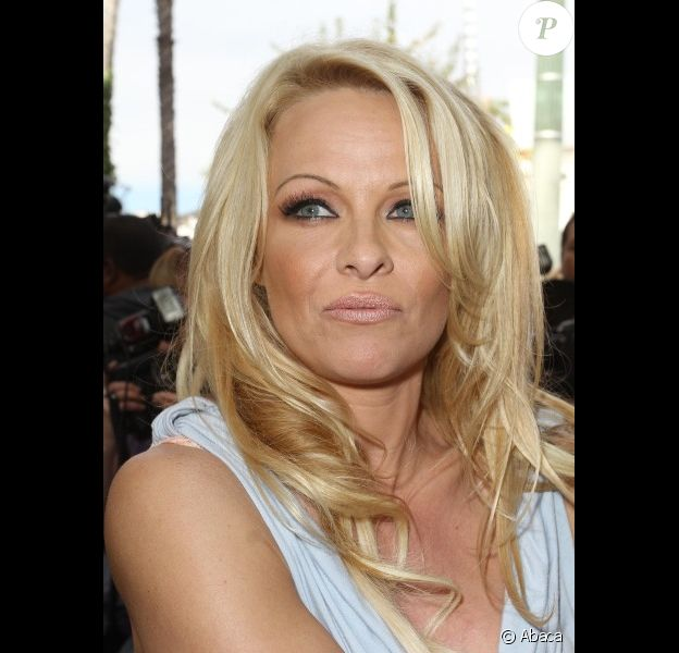 Pamela Anderson à Hollywood, en novembre 2011.
