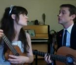 Zooey Deschanel et Joseph Gordon-Levitt livrent une reprise de What Do You Do New Year's Eve ? - décembre 2011
