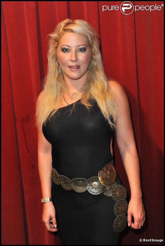 Loana, lors de l'élection  de Miss Black beauté à la Cigale à Paris le 1er octobre 2011