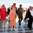 Mardi 10 janvier, crochet par Muskat et le sultanat d'Oman.   La reine Beatrix, le prince Willem-Alexander et la princesse Maxima des Pays-Bas effectuaient les 8 et 9 janvier 2011 une visite officielle dans les Emirats arabes unis.
