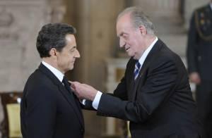 Nicolas Sarkozy décoré par le roi Juan Carlos, presque sans fausse note