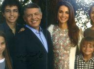 Rania de Jordanie, son mari et leur quatre enfants superbes pour les voeux 2012