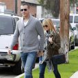 Reese Witherspoon et son mari Jim Toth sortant de l'église à Santa Monica le 22 janvier 2012