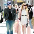 Emma Roberts et Chord Overstreet à Los Angeles, le 15 juillet 2011.