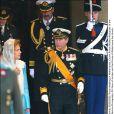 La reine Noor et le prince Charles au mariage de Willem-Alexander et Maxima des Pays-Bas.   Le prince Willem-Alexander des Pays-Bas et la princesse Maxima se sont mariés le 2 février 2002 à Amsterdam. Le 2 février 2012, ils célébraient leurs noces d'étain.