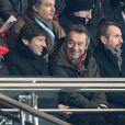 Leonardo et Michel Denisot le 4 février 2012 au Parc des Princes à Paris lors du match entre le PSG et l'Evian TG (3-1)