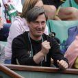 Patrick Moratoglou en 2007 à Roland-Garros, à fond derrière Aravane Rezaï.   En février 2012, Aravane Rezaï annonce qu'elle retourne à l'Académie de Patrick Moratoglou.