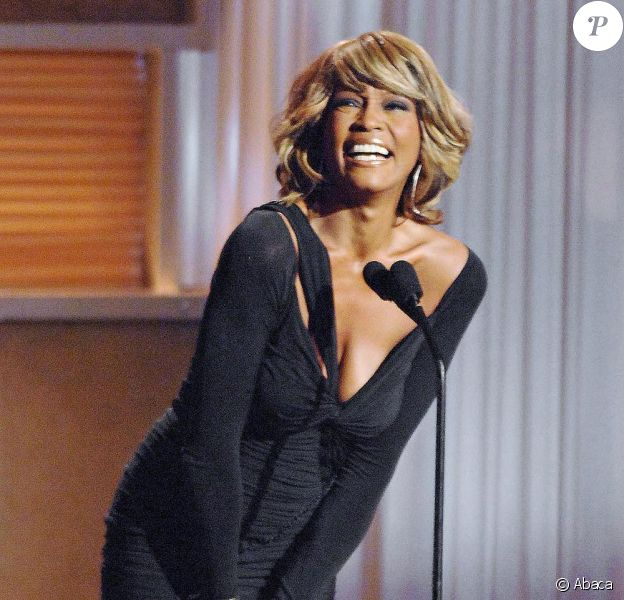 Whitney Houston en 2004 aux World Music Awards