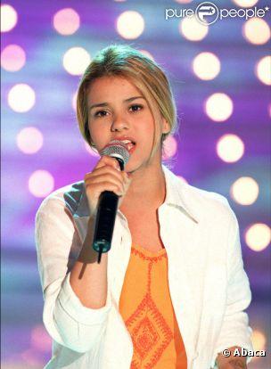 The Voice (TF1) - Page 2 800155-sonia-lacen-en-juin-2000-chez-vivement-0x414-1