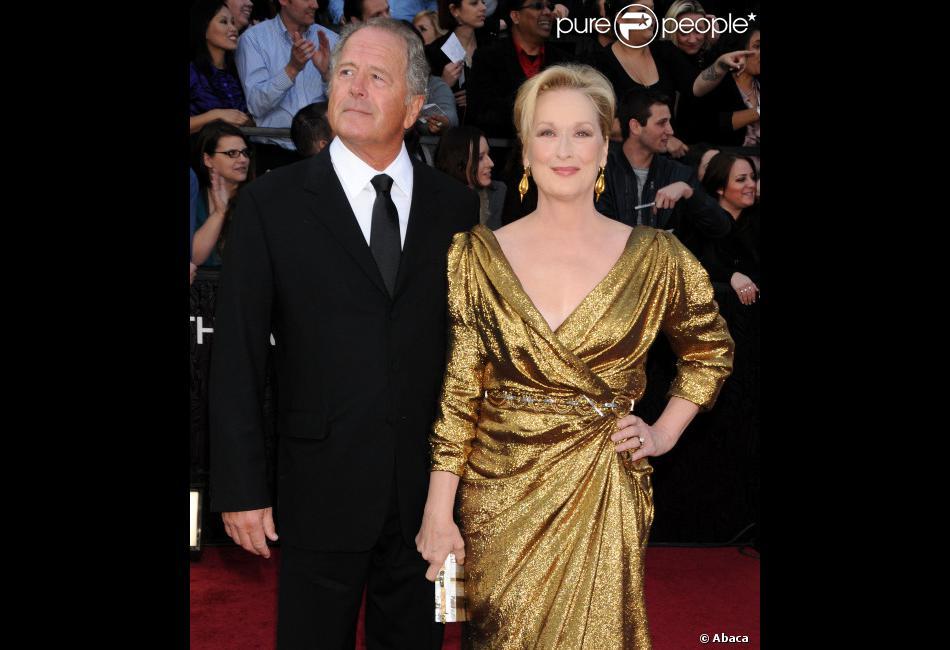 Meryl streep sacr e meilleure actrice et son mari don gummer lors des oscars le 26 f vrier - Helene darroze et son mari ...