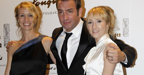 Jean dujardin avec sa femme alexandra lamy et sa belle for Audrey lamy et jean dujardin