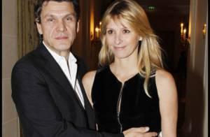 Marc et Sarah Lavoine, Mathilde Seigner et son chéri : les amoureux trinquent