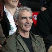 Raymond Domenech, Lilian Thuram et Grégory Coupet hilares devant PSG-OL