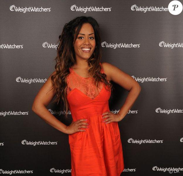 Amel Bent, très amincie, lors de son showcase privé le 21 mars 2012 inédit au Nouveau Casino dans le cadre de sa collaboration avec Weight Watchers