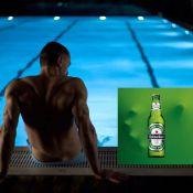 Skyfall - James Bond : Daniel Craig troque son Martini contre une bière Heineken