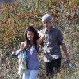 Justin Bieber et Selena Gomez partagent un pique-nique dans un jardin de Los Angeles, le mercredi 4 avril 2012.