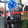 Camilla Parker Bowles ouvrait le 3 avril 2012 les portes du Jubilé de diamant de la reine Elizabeth II à Reynolds Park, Liverpool. Le 9 avril 2012, la reine Elizabeth II annonce qu'elle fait de Camilla une Dame grand-croix de l'ordre royal de Victoria.