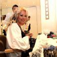 Exclusif : Loana chez le coiffeur après sa sortie de l'hôpital Saint-Anne en janvier 2012