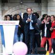Dernier meeting d'envergure pour le candidat socialiste François Hollande au Château de Vincennes, le 15 avril 2012.