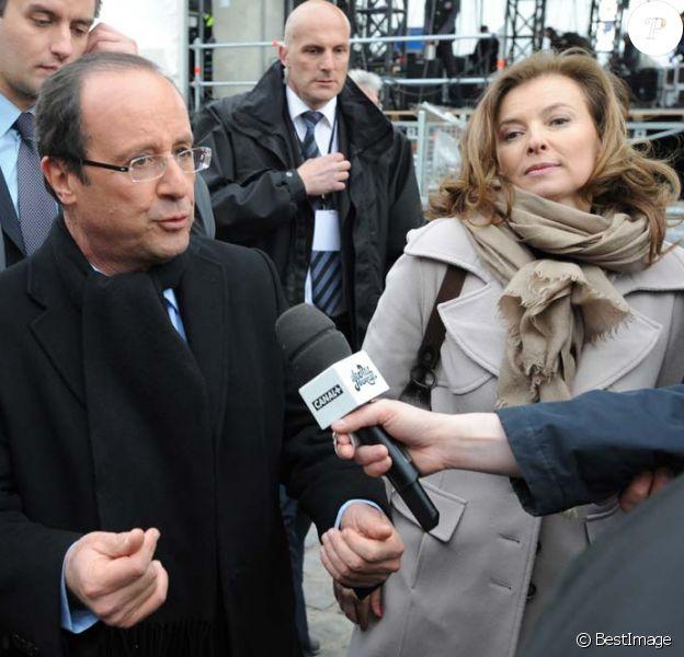 François Hollande et Valérie Trierweiler au Château de Vincennes, le 15 avril 2012.