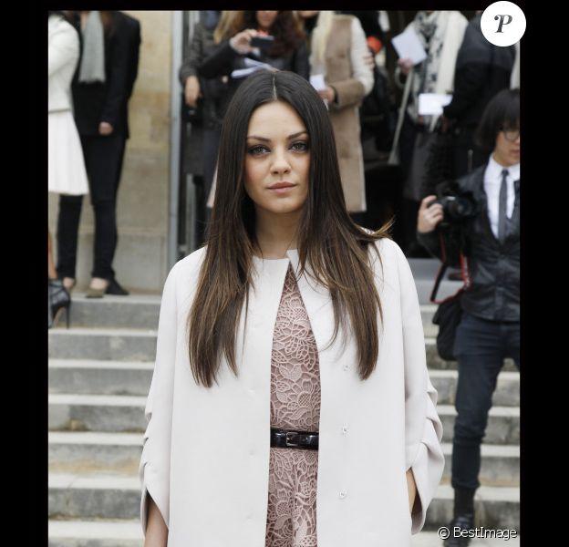 Mila Kunis en mars 2012 à Paris