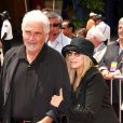 Barbra Streisand et son époux James Brolin, à Los Angeles, le 10 juillet 2010.