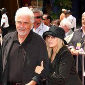 Barbra Streisand fête ses 70 ans entourée de John Travolta et Jane Fonda