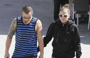 Jennifer Lopez toujours in love de Casper Smart, un jeune homme bien pratique