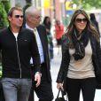 Elizabeth Hurley et son fiancé Shane Warne à New York, le 1er mai 2012