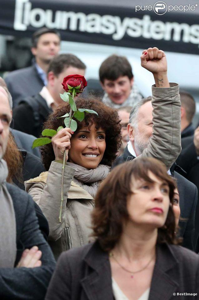 Sonia Rolland place de la Bastille pour la victoire de François Hollande, le 6 mai 2012.