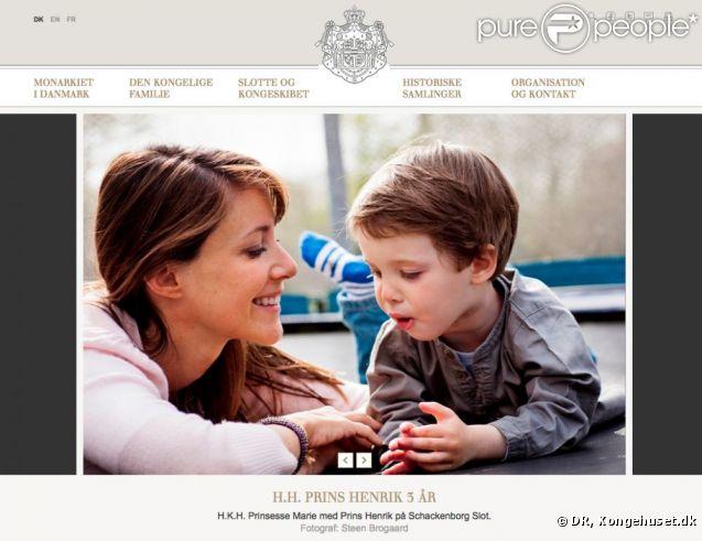 Henrik et Marie, une belle complicité... Pour le 3e anniversaire du prince Henrik, le 4 mai 2012, le site de la Maison royale de Danemark a publié de nouveaux portraits officiels du jeune fils du prince Joachim et de la princesse Marie.