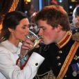 Les sosies du prince Harry et de Pippa Midleton très complices sous l'objectif de la photographe Alison Jackson le 7 décembre 2011 à Londres