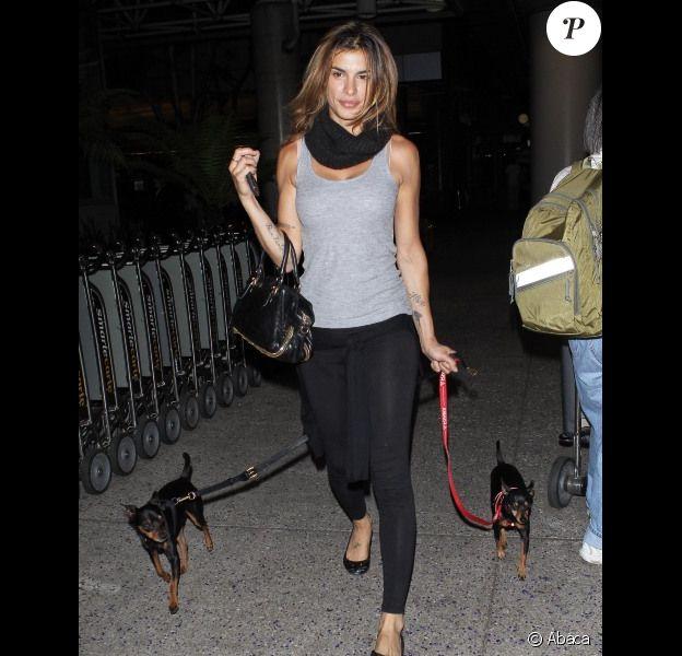 Elisabetta Canalis a été repérée le 17 mai 2012 à l'aéroport de Los Angeles, après son passage à Cannes.