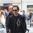 Gad Elmaleh se rend à un événement promo autour de son film Un bonheur n'arrive jamais seul, le samedi 19 mai 2012, à Cannes, durant le 65e Festival international du film.