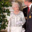 La reine Elizabeth II avait rendez-vous avec des centaines de personnalités britanniques majeures du monde des arts, le 23 mai 2012 à la Royal Academy of Arts de Londres, dans le cadre de son jubilé de diamant. Remise de prix à des étudiants, compliments en pagaille et bonne humeur étaient au programme de Sa Majesté.