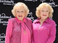 Betty White en deuil : Elle garde le sourire face à son double de cire