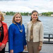 La princesse Victoria détend l'atmosphère avec Hillary Clinton, Daniel swingue !