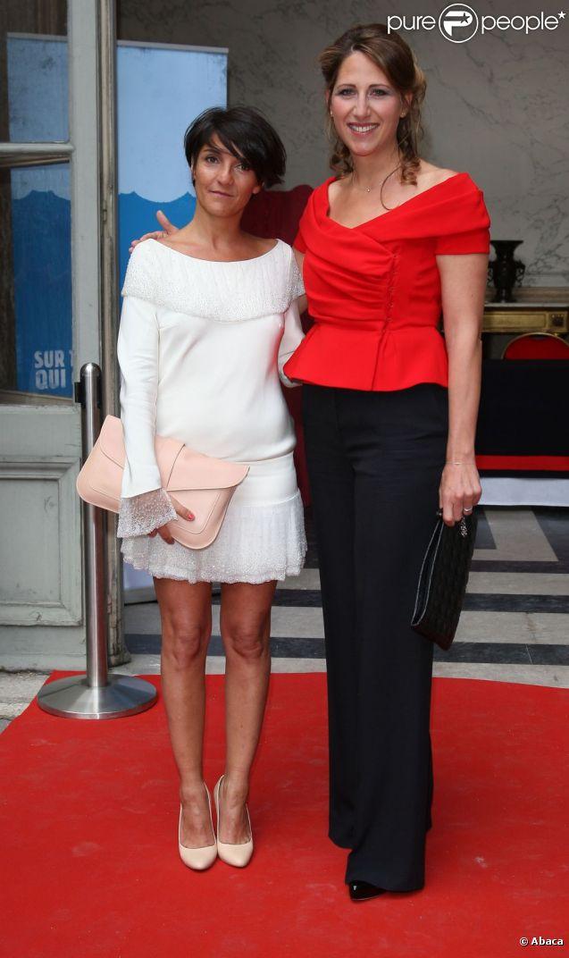 Florence Foresti et Maud Fontenoy au gala de sa fondation à Paris, le 7 juin 2012.