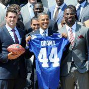 Barack Obama au milieu des NY Giants : admiratif, cool et toujours fun !