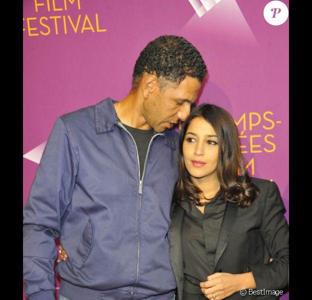 Leïla Bekhti et Roschdy Zem à l'avant-première de Mains armées, le 11 juin 2012 lors du Champs-Elysées Film Festival à Paris.