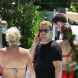 James Corden et sa fiancée Julia en vacances à Miami le 18 juin 2012