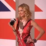 Sarah Harding : La bombe londonienne enseigne la photogénie