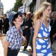 Lio complice avec sa fille Nubia au défilé Jean-Paul Gaultier à Paris le 4 juillet 2012