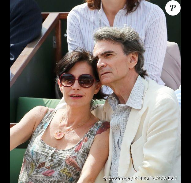 Lio et son nouveau compagnon, amoureux, à Roland-Garros le 31 mai 2012