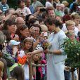 La princesse Victoria de Suède a célébré le 14 juillet 2012 son 35e anniversaire comme chaque année à la villa Solliden, sur l'île d'Öland, avec ses parents, son mari Daniel et leur fille Estelle, rencontrant dans la journée ses compatriotes avant un spectacle en soirée.