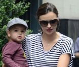 Miranda Kerr : Businesswoman street-chic avec son Flynn adorable