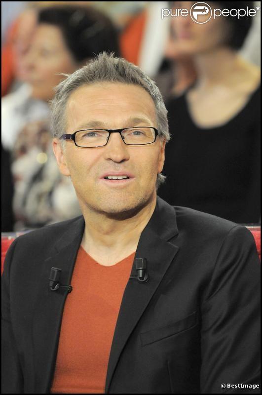 Laurent Ruquier sur le plateau de  Vivement dimanche , en janvier 2012.