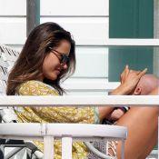 Alessandra Ambrosio : Instant tendresse d'une maman louve pour son petit Noah