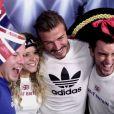 David Beckham au milieu de ses fans dans un studio photo improvisé par son sponsor Adidas